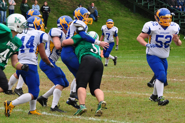Steerling Hewitt tackles the Mohawk quarterback.