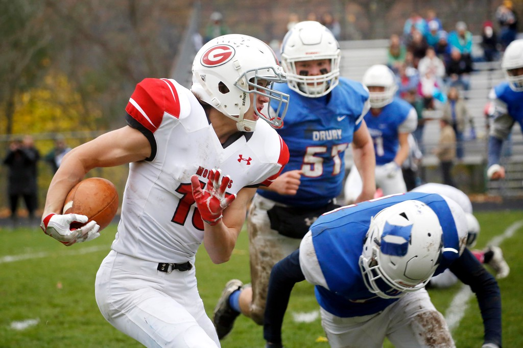 . Mount Greylock\'s Sean McCormack runs with the ball in a football game at Drury High School in North Adams. Saturday, October 29, 2016. Stephanie Zollshan � The Berkshire Eagle | photos.berkshireeagle.com