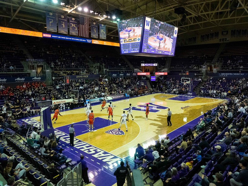 COLLEGE BASKETBALL: JAN 01 Cal State Fullerton at Washington