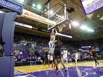 COLLEGE BASKETBALL: JAN 17 Stanford at Washington