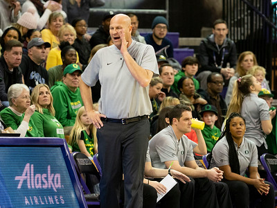 COLLEGE BASKETBALL: JAN 27 Women's Oregon at Washington