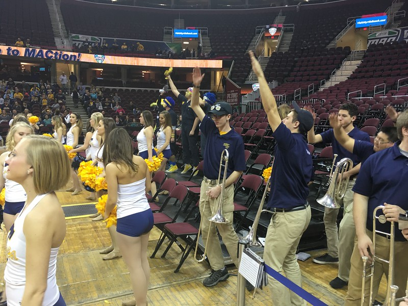 "Women's title game, Toledo pep band, ""Jump Around"""