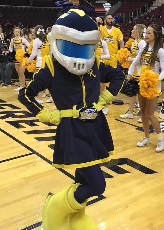 . Women\'s title game, Toledo mascot Rocksy