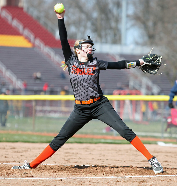 . North Olmsted\'s Izzy Reich delivers a pitch against Avon Lake. Randy Meyers -- The Morning Journal
