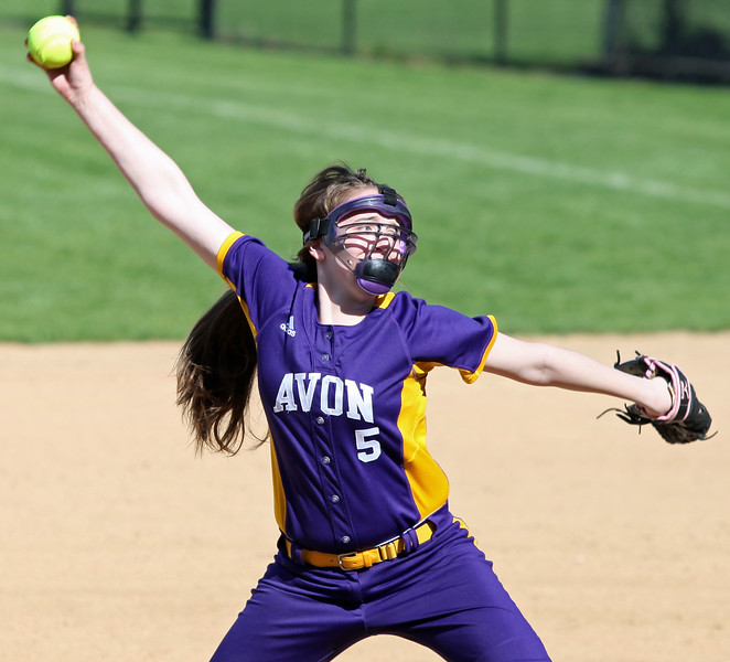 Avon's Mel McGregor delivers a pitch against Avon Lake during the third inning. Randy Meyers -- The Morning Journal