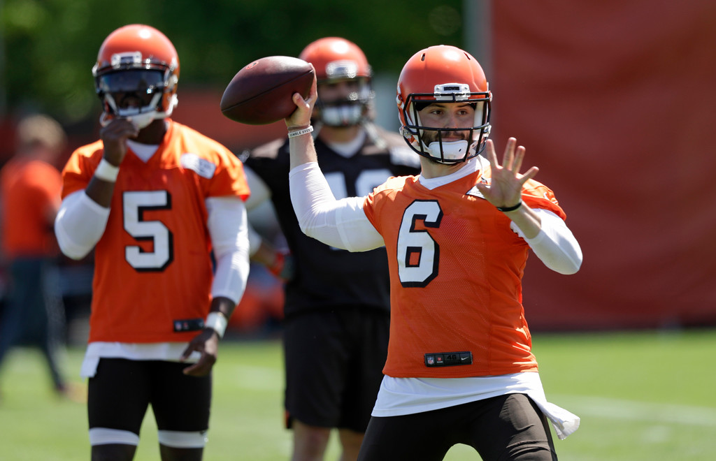 . Cleveland Browns quarterback Baker Mayfield throws a pass during a practice at the NFL football team\'s training camp facility, Wednesday, May 23, 2018, in Berea, Ohio. (AP Photo/Tony Dejak)