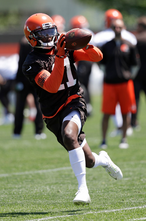 . Cleveland Browns wide receiver Antonio Callaway catches a pass during a practice at the NFL football team\'s training camp facility, Wednesday, May 23, 2018, in Berea, Ohio. (AP Photo/Tony Dejak)