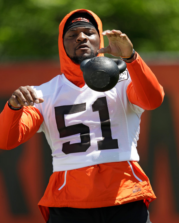 . Cleveland Browns linebacker Jamie Collins Sr. works through a drill during a practice at the NFL football team\'s training camp facility, Wednesday, May 23, 2018, in Berea, Ohio. (AP Photo/Tony Dejak)