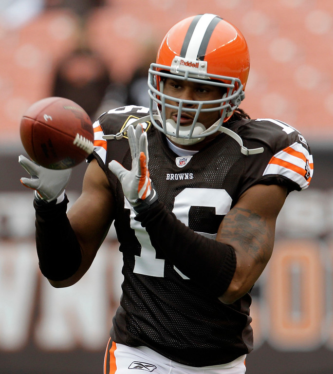 . Cleveland Browns wide receiver Josh Cribbs catches a pass before the Browns play the Kansas City Chiefs in an NFL football game Sunday, Sept. 19, 2010, in Cleveland. (AP Photo/Tony Dejak)