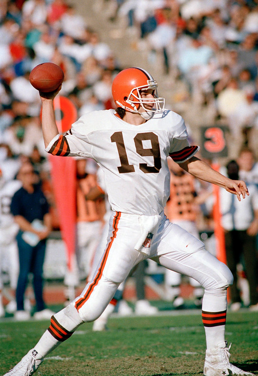 . Undated phot of Bernie Kosar of the Cleveland Browns. Location unknown. (AP Photo)