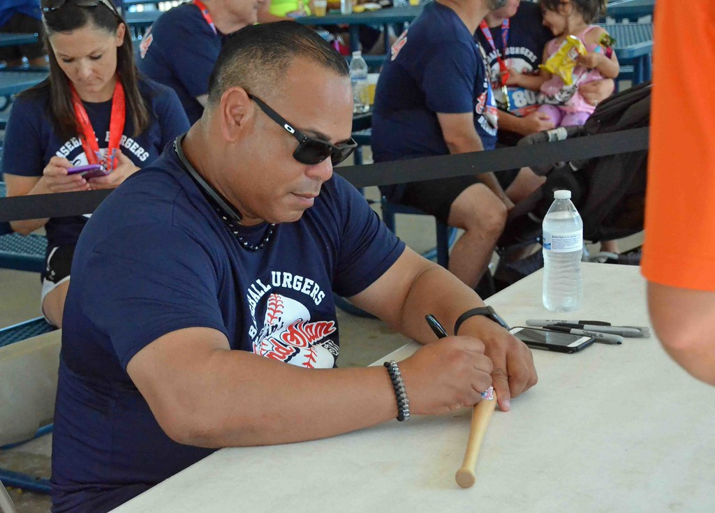 . Paul DiCicco - The News-Herald Carlos Baerga stayed to sign every last autograph today at the 2017 Captains Grand Slam 5K on July 2.