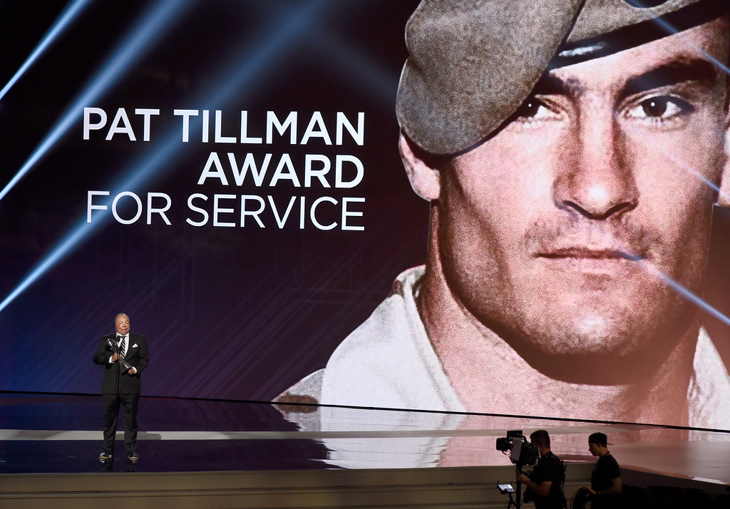 . Air Force Master Sgt. Israel Del Toro Jr. accepts the Pat Tillman award for service at the ESPYS at the Microsoft Theater on Wednesday, July 12, 2017, in Los Angeles. (Photo by Chris Pizzello/Invision/AP)