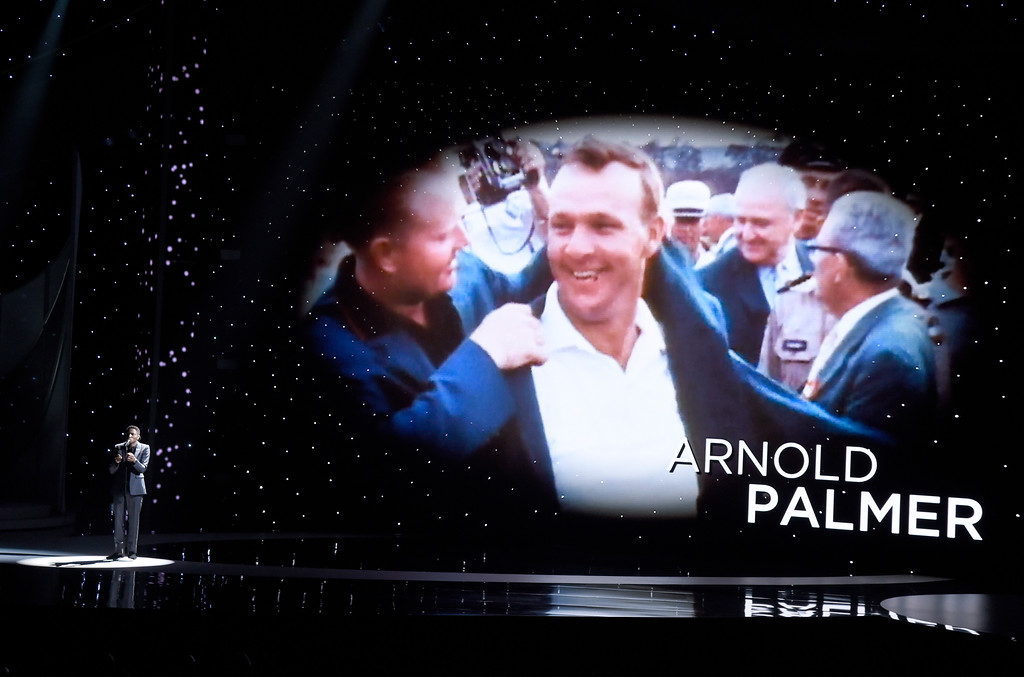 """. Gallant performs \""""A Song For You\"""" as Arnold Palmer is pictured on screen during an Memoriam tribute at the ESPYS at the Microsoft Theater on Wednesday, July 12, 2017, in Los Angeles. (Photo by Chris Pizzello/Invision/AP)"""