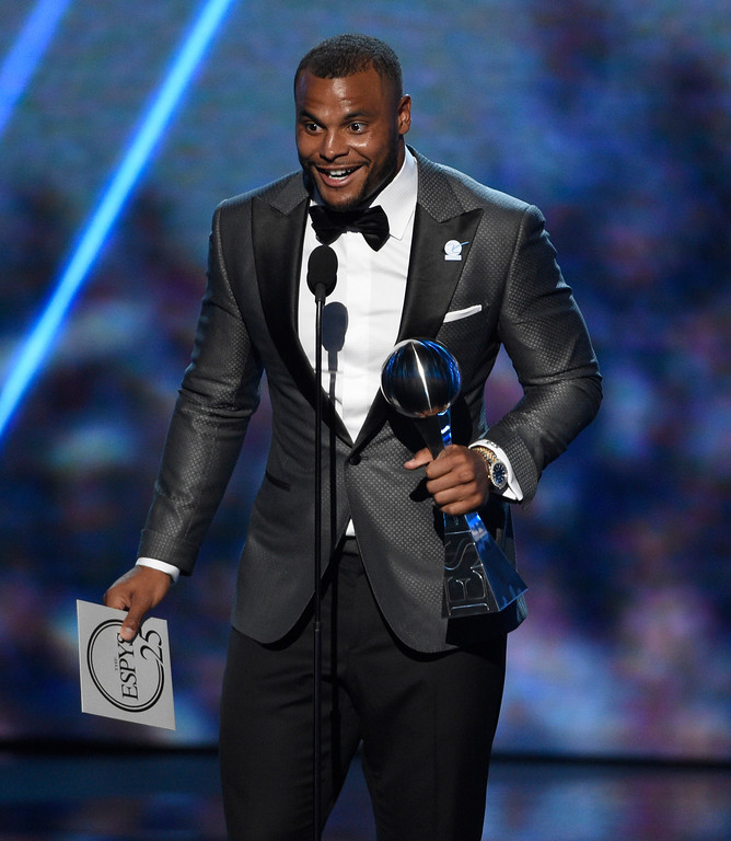 . NFL football player Dak Prescott, of the Dallas Cowboys, accepts the award for best breakthrough athlete at the ESPYS at the Microsoft Theater on Wednesday, July 12, 2017, in Los Angeles. (Photo by Chris Pizzello/Invision/AP)