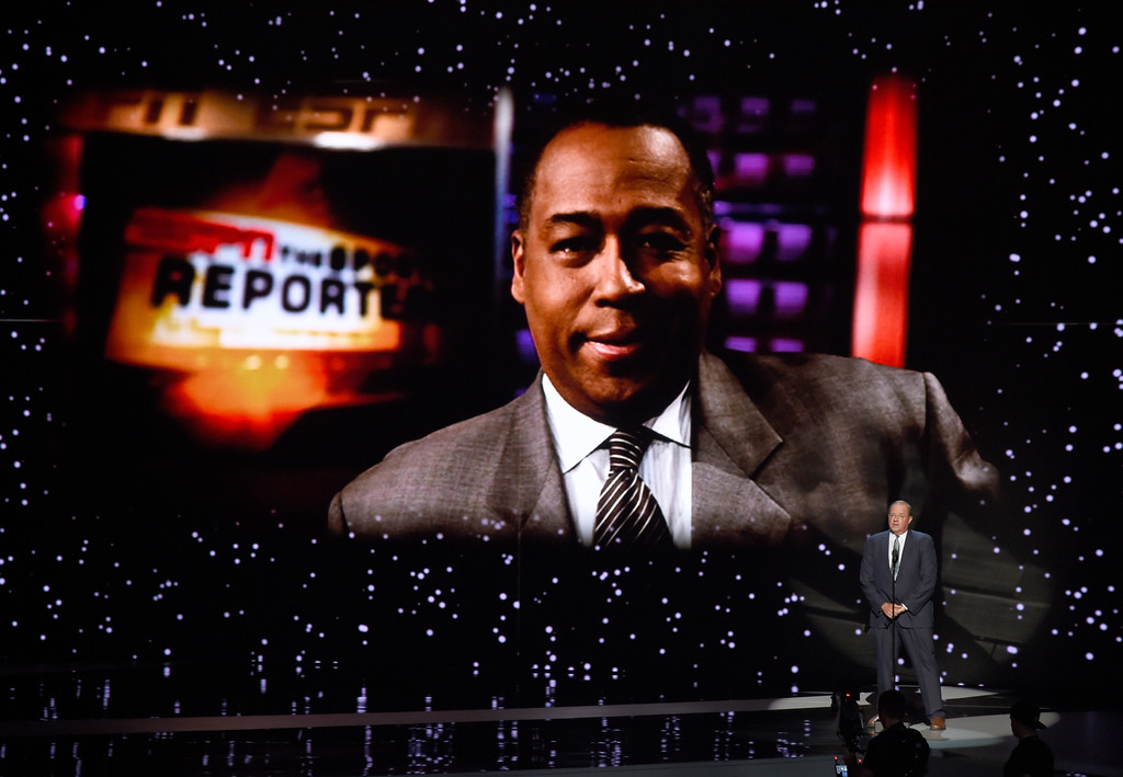 . Chris Berman presents and In Memoriam tribute at the ESPYS at the Microsoft Theater on Wednesday, July 12, 2017, in Los Angeles. John Saunders is pictured on screen. (Photo by Chris Pizzello/Invision/AP)