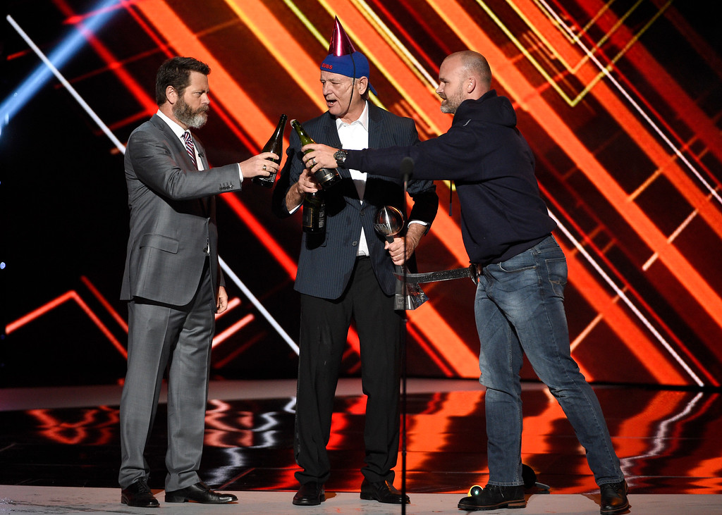 . Nick Offerman, from left, Bill Murray and retired MLB baseball player David Ross toast to the Chicago Cubs as they accept the team\'s award for best moment at the ESPYS at the Microsoft Theater on Wednesday, July 12, 2017, in Los Angeles. (Photo by Chris Pizzello/Invision/AP)