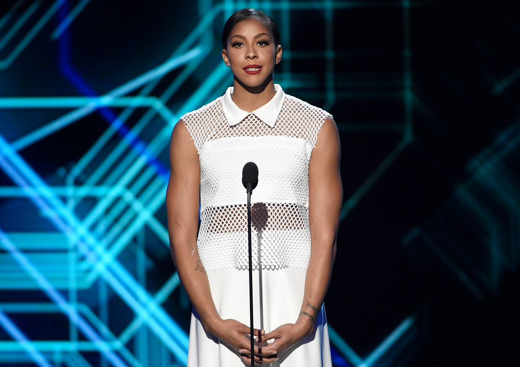. WNBA basketball player Candace Parker, of the Los Angeles Sparks, presents the award for best coach at the ESPYS at the Microsoft Theater on Wednesday, July 12, 2017, in Los Angeles. (Photo by Chris Pizzello/Invision/AP)