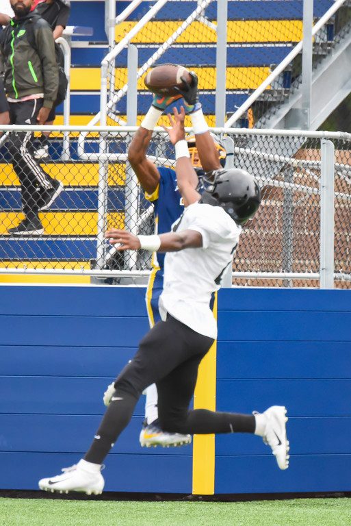 . Michael P. Payne - The News-Herald Photos from the Euclid vs. Warren Harding scrimmage on Aug. 16.