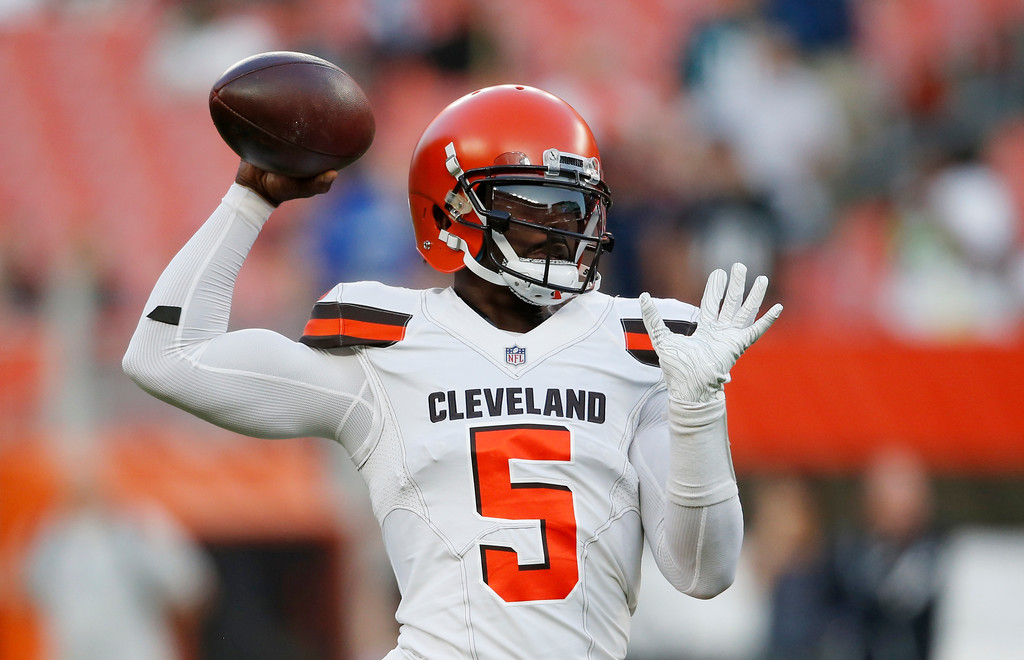. Cleveland Browns quarterback Tyrod Taylor warms up before an NFL football game between the Browns and the Philadelphia Eagles, Thursday, Aug. 23, 2018, in Cleveland. (AP Photo/Ron Schwane)