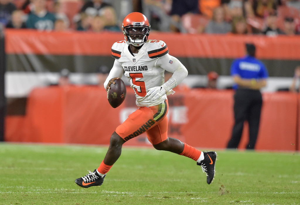. Cleveland Browns quarterback Tyrod Taylor (5) looks to throw during the first half of an NFL preseason football game against the Philadelphia Eagles, Thursday, Aug. 23, 2018, in Cleveland. (AP Photo/David Richard)