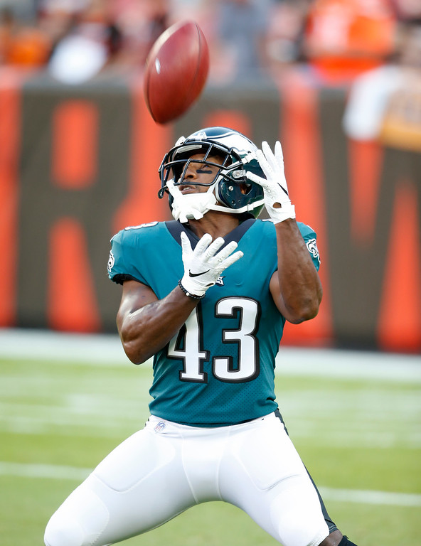 . Philadelphia Eagles running back Darren Sproles warms up before an NFL football game between the Cleveland Browns and the Eagles, Thursday, Aug. 23, 2018, in Cleveland. (AP Photo/Ron Schwane)