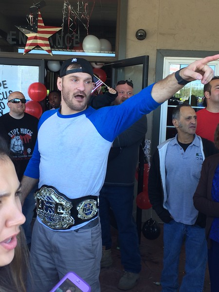(Mark Podolski - News-Herald) Stipe Miocic points to his coach Marcus Marinelli at Strong Style in Independence on May 16.