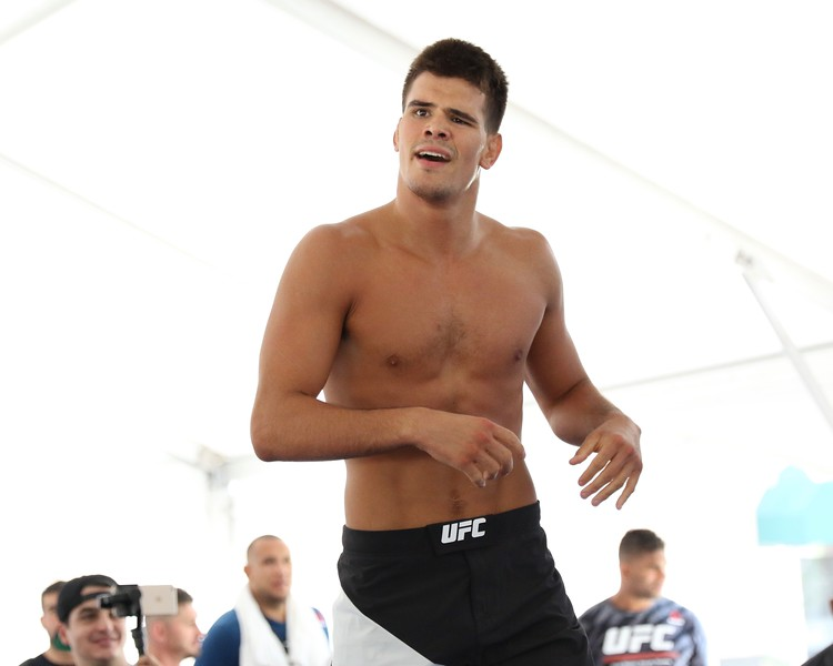 Tim Phillis - The News-Herald<br /> Mickey Gall during his workout Sept. 7 at Gateway Plaza.