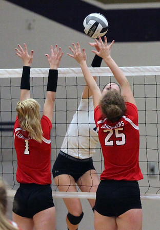 092416 Vermilion vs. Lutheran West in volleyball
