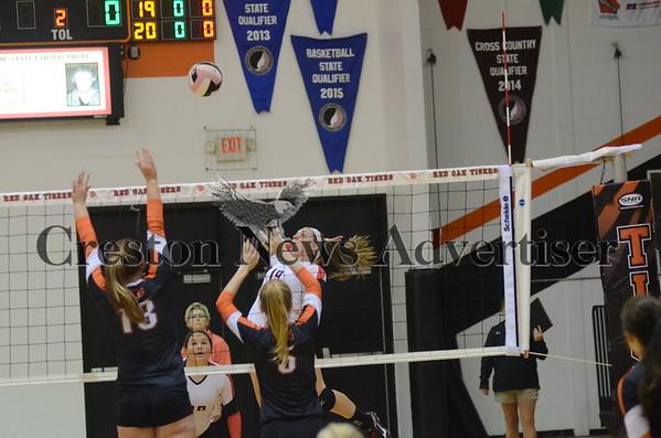 10-20 Creston-Red Oak volleyball