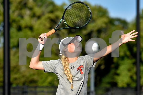 Robert E. Lee's Lilly Deatherage prepares to hit the ball during a high school district tennis match at Tyler Junior College in Tyler, Texas, on Wednesday, Oct. 4, 2017. (Chelsea Purgahn/Tyler Morning Telegraph)