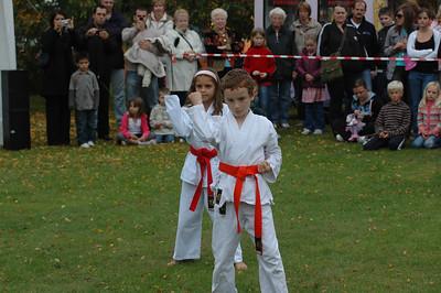 10/07 - Karate in Solihull Park