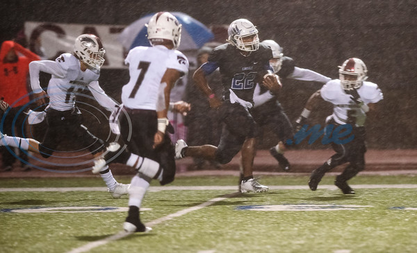 Lindale's Jordan Jenkins makes a touchdown run as they play Whitehouse at home on Friday Oct. 19, 2018.  (Sarah A. Miller/Tyler Morning Telegraph)