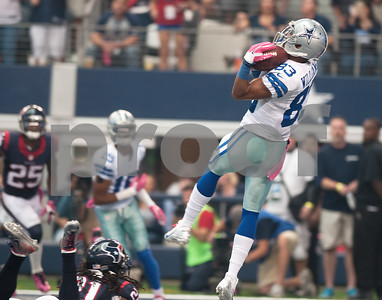 photo by Sarah A. Miller/Tyler Morning Telegraph   Dallas Cowboys Terrance Williams (83) makes a catch in the end zone scoring a touchdown against the Houston Texans Sunday Oct. 5, 2014 at AT&T Stadium in Arlington.