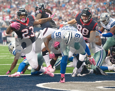 photo by Sarah A. Miller/Tyler Morning Telegraph   Houston Texan's running back Arian Foster (23) scores a touchdown Sunday Oct. 5, 2014 at AT&T Stadium in Arlington.