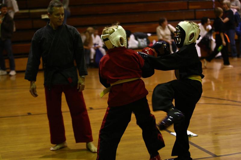 Karate Nov 2011 369