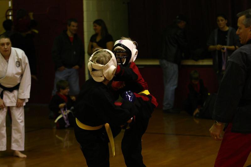 Karate Nov 2011 354