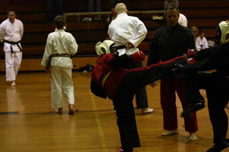 Karate Nov 2011 393
