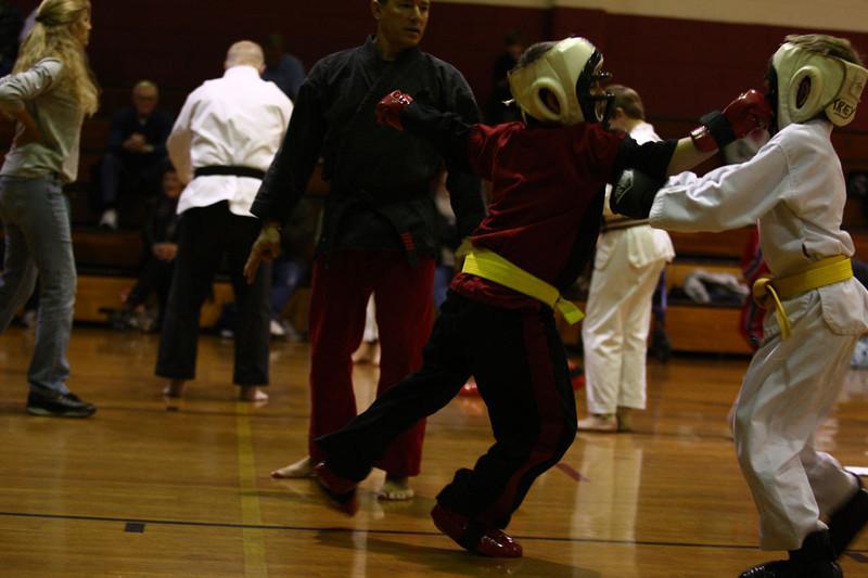 Karate Nov 2011 323