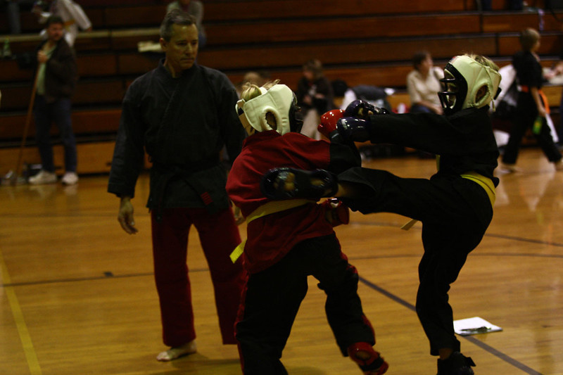 Karate Nov 2011 368