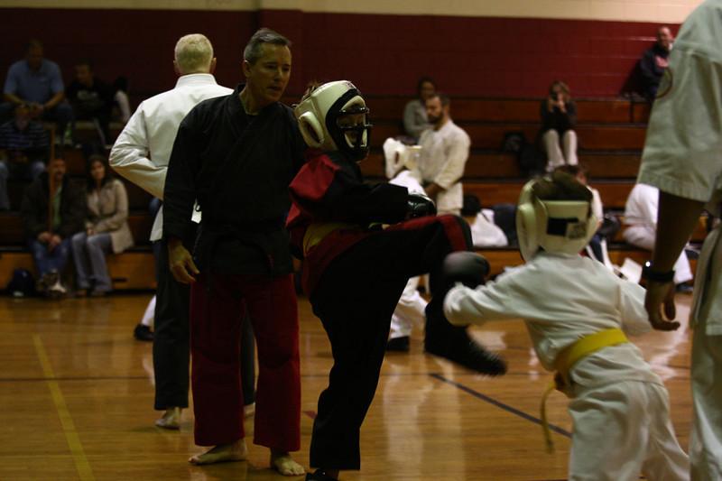 Karate Nov 2011 301