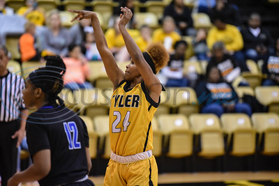 Quatera Limbrick (24) of Tyler Junior College shoots a free throw during a game against Blinn College on Saturday, January 12. The Apaches went on to beat the Buccaneers at home 71-49. (Jessica T. Payne/Tyler Morning Telegraph)