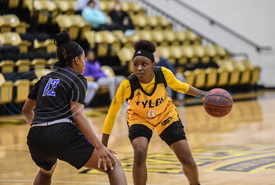 Tyler Junior College took on Blinn College at home where Trelynn Tyler (0) attempts to pass Imani Wimbish-Gav (12). The game took place on Saturday, January 12 with Tyler Junior College winning 71-49. (Jessica T. Payne/Tyler Morning Telegraph)