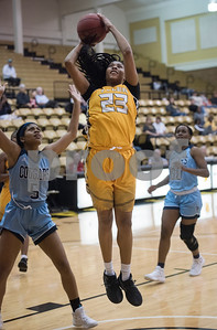 Tyler Junior College basketball player Keyneso Hunter shoots a basket during their game at home against Coastal Bend College Wednesday Nov. 29, 2017.  (Sarah A. Miller/Tyler Morning Telegraph)