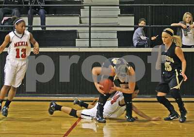 12-28-09 Basketball-Mexia HS vs. Comanche HS