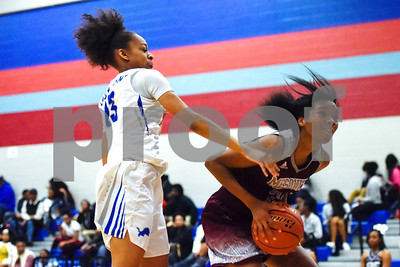Mesquite's Arriana Manzay catches the ball during a high school basketball game at Boulter Middle School in Tyler, Texas, on Tuesday, Jan. 23, 2018. (Chelsea Purgahn/Tyler Morning Telegraph)
