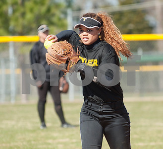 Tyler Junior College softball player Jazlyn Crowder throws the ball during their media day Wednesday Jan. 27, 2016 at Faulkner Park in Tyler.  (Sarah A. Miller/Tyler Morning Telegraph)