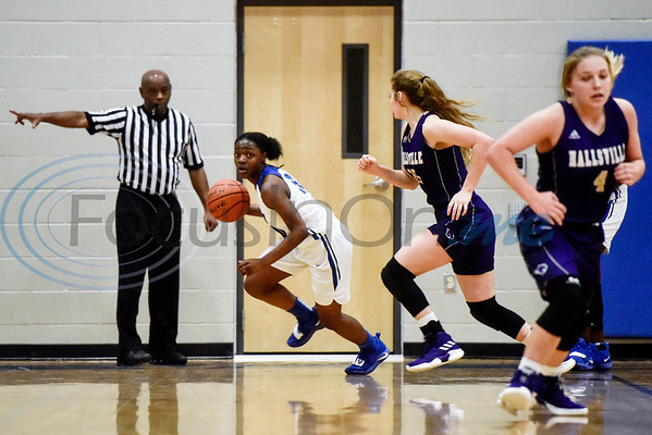 John Tyler's Keirstyn Ross (10) dribbles the ball during a high school basketball game at Boulter Middle School in Tyler, Texas, on Friday, Jan. 4, 2019. (Chelsea Purgahn/Tyler Morning Telegraph)