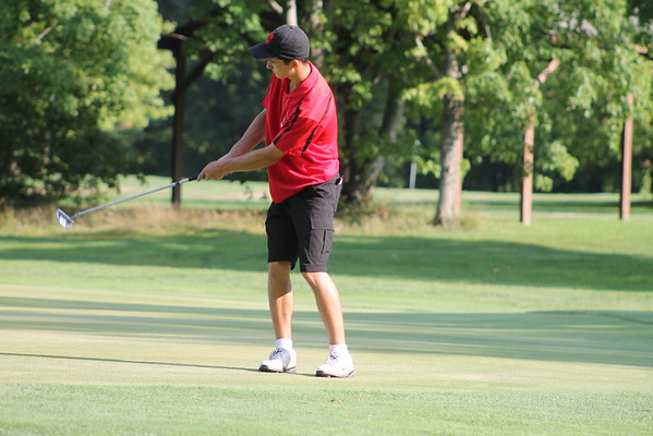 '16 Cardinal Golf vs Berkshire