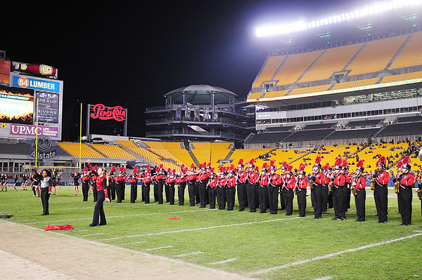 Hurricane band performs at Heinz field.