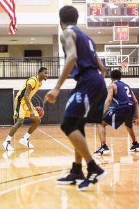 Tyler Junior College's Deandre Heckard (2) dribbles the ball during a college basketball game at Tyler Junior College in Tyler, Texas, on Monday, Jan. 7, 2019. (Chelsea Purgahn/Tyler Morning Telegraph)